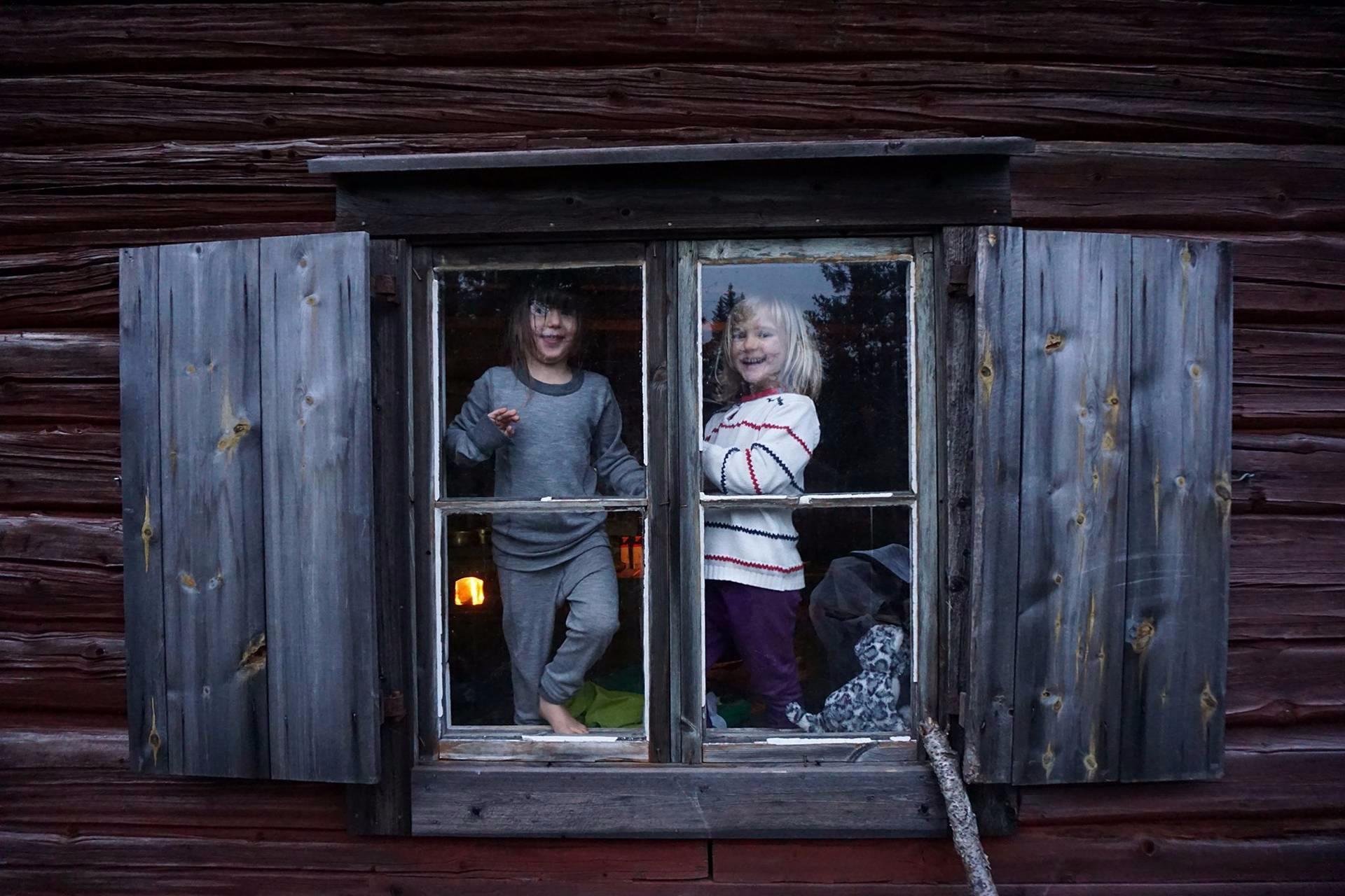 nature-children-sweden-1.jpg