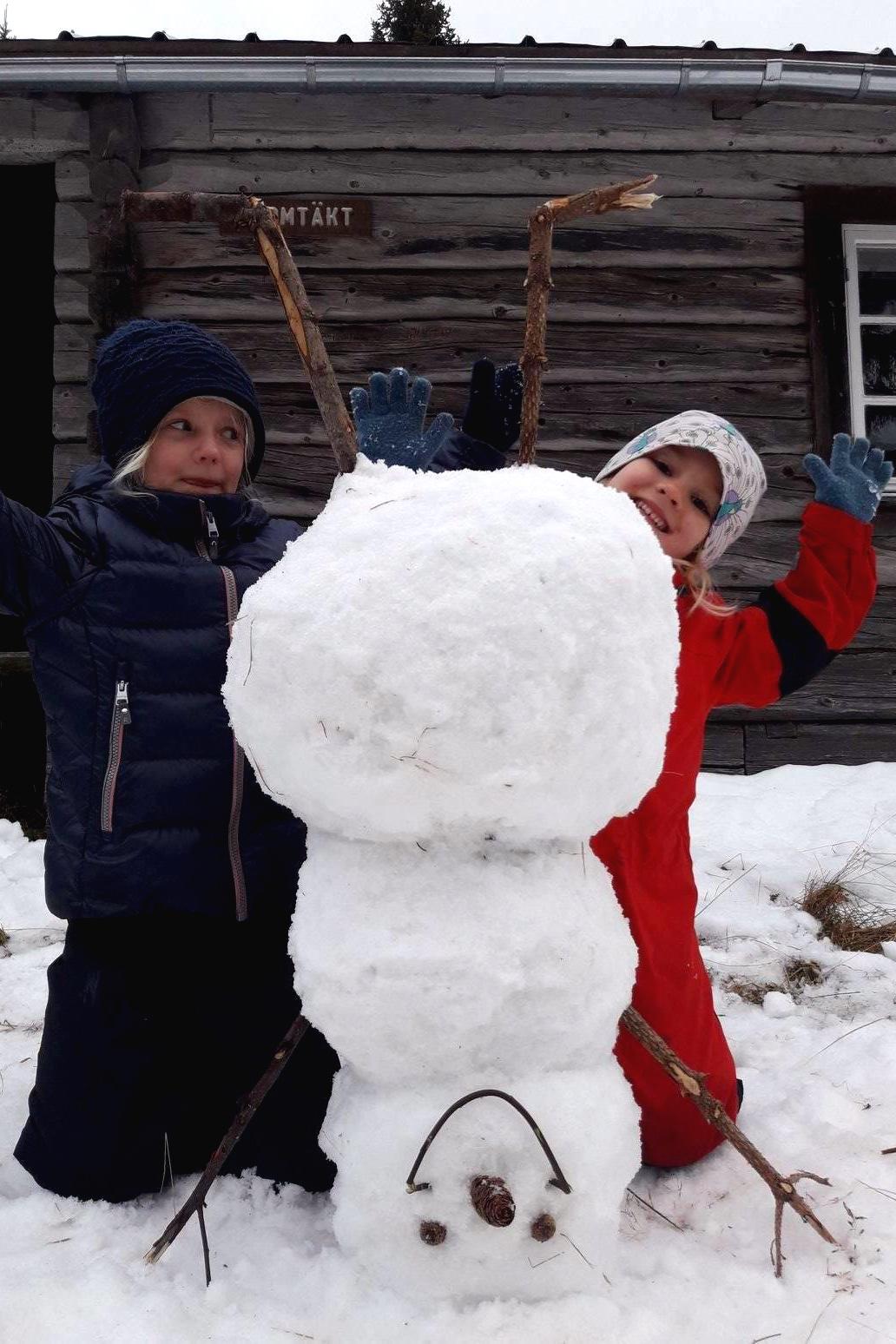 travel-sweden-children-winter-1.jpg