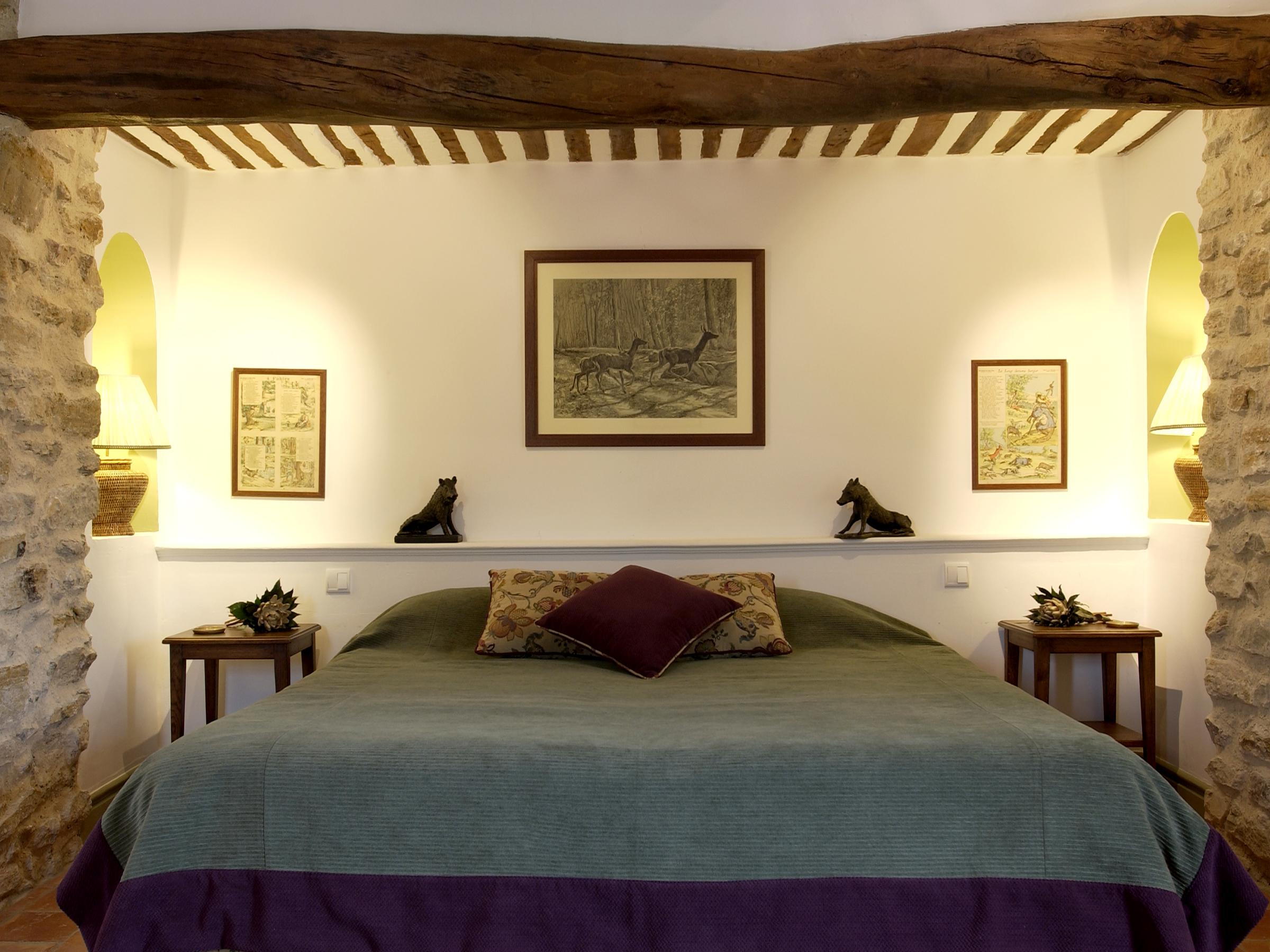 Sangliers Bedroom