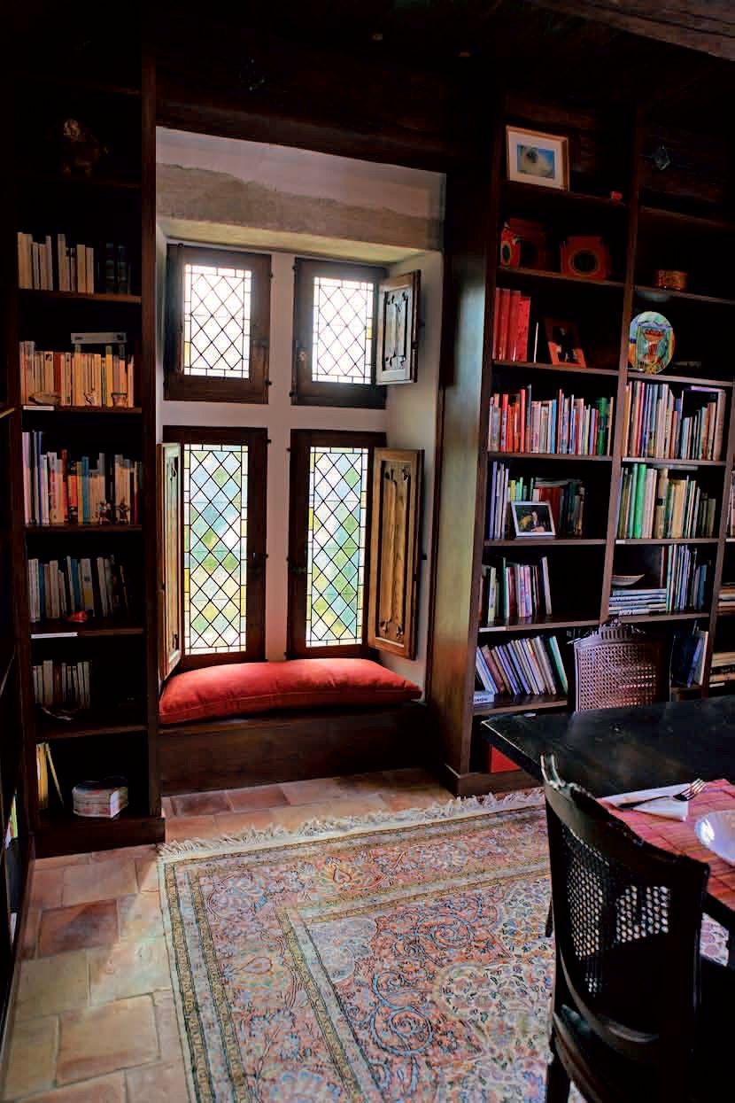 La Verriere library