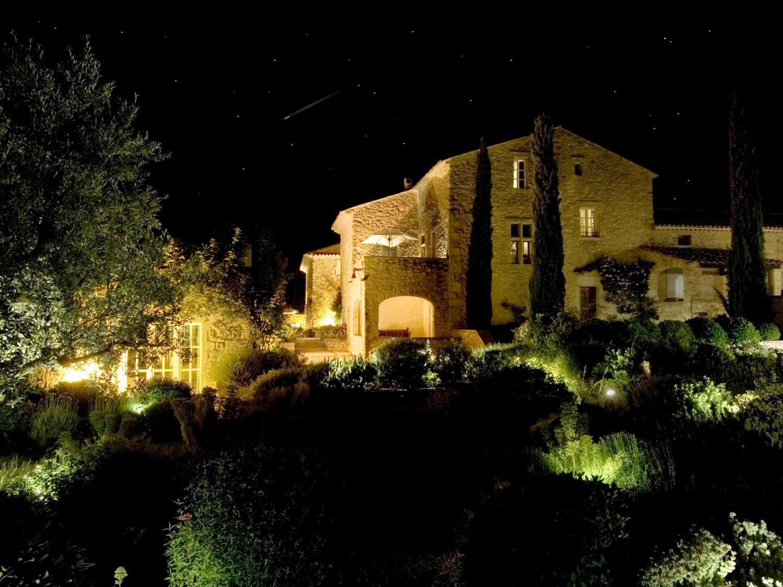 La Verriere at night