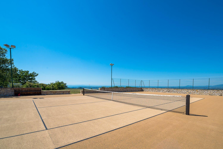 La Verriere tennis court