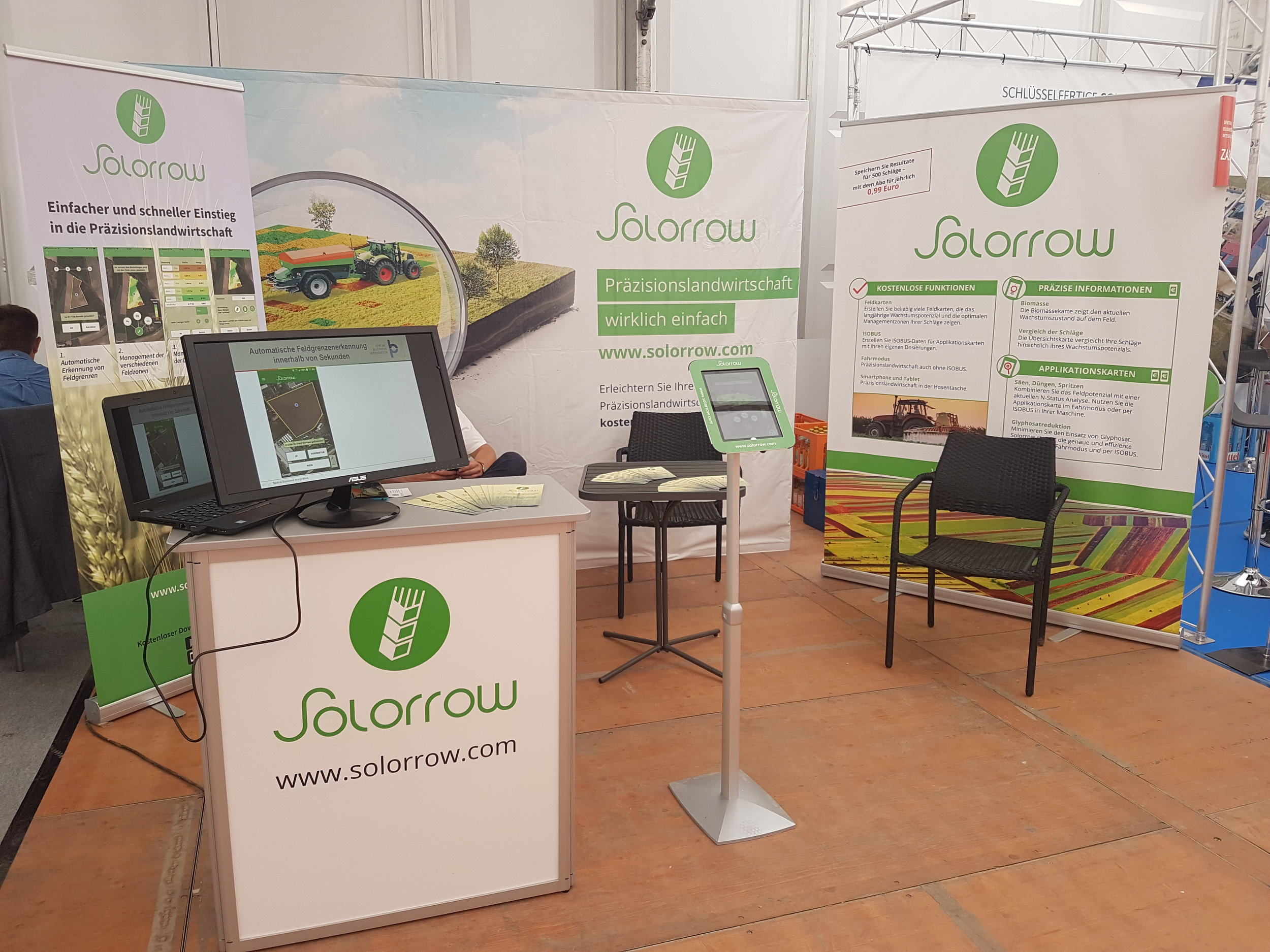 "Solorrow booth at ""DLG-Feldtage"" (Photo source: Spacenus GmbH)"
