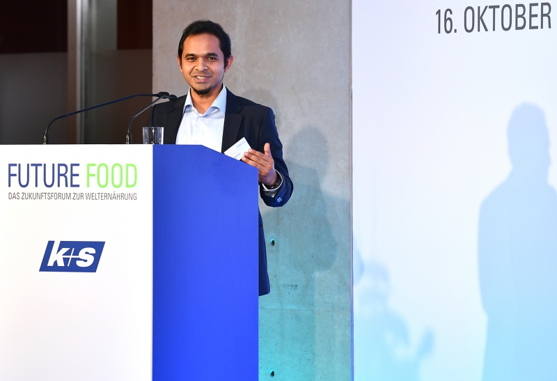 Riazuddin Kawsar (CEO, Spacenus GmbH) giving a presentation about PND (Photo source: Future Food)