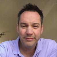 Ian headshot .jpg