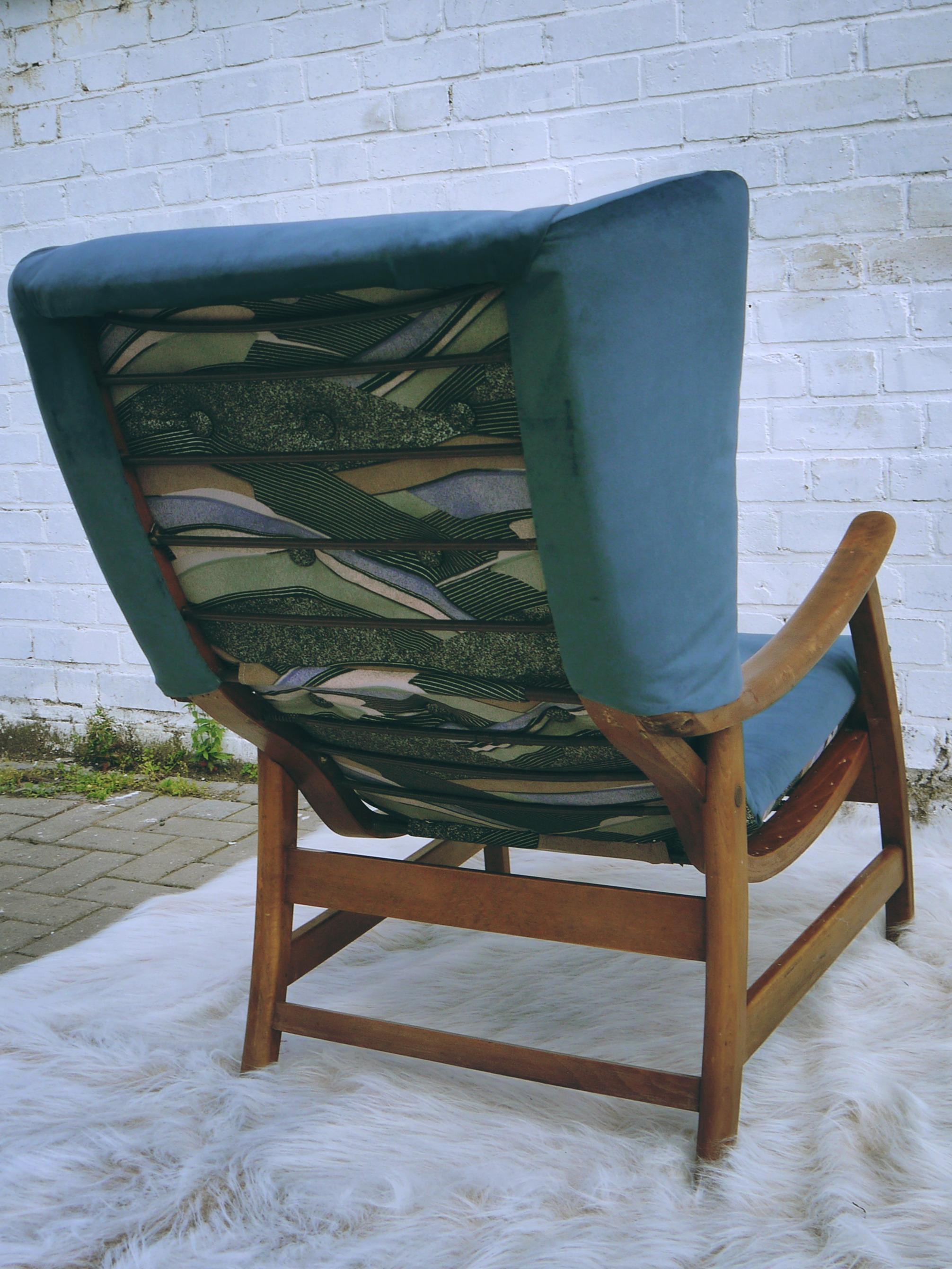 recliner 4.jpg