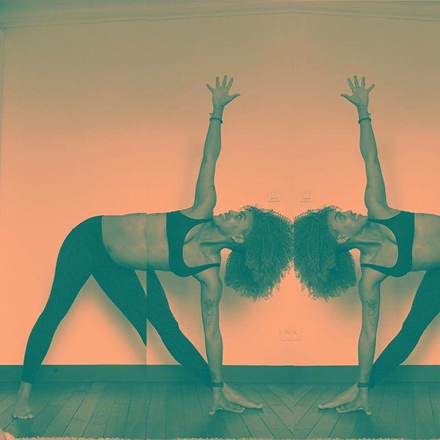 ✨MOOD FOR DAYZ ✨ . . .  _  #yogapose #technique #loveeatsmile #yogafit #instayoga #yogaplay #photobomb #trikonasanavariation #yogapractice #yogalove #yogachallenge #yogagram #yogastretch #lowbackstrength #trikonasana #practiceandalliscoming #bendyyogisflow #yogaforlovers #yogaaddict #yogini #yogahigh #love #igyogafam #igyoga