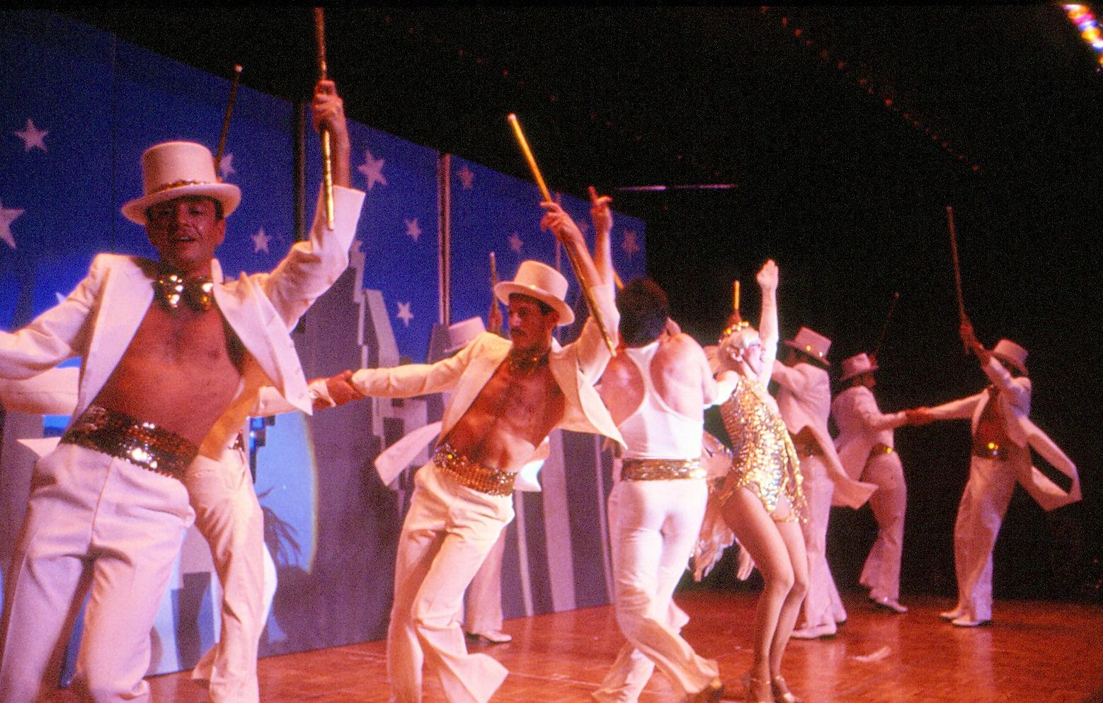 Dianas 4 - 1980's Photos 01 - Chorus Line 1980.jpg