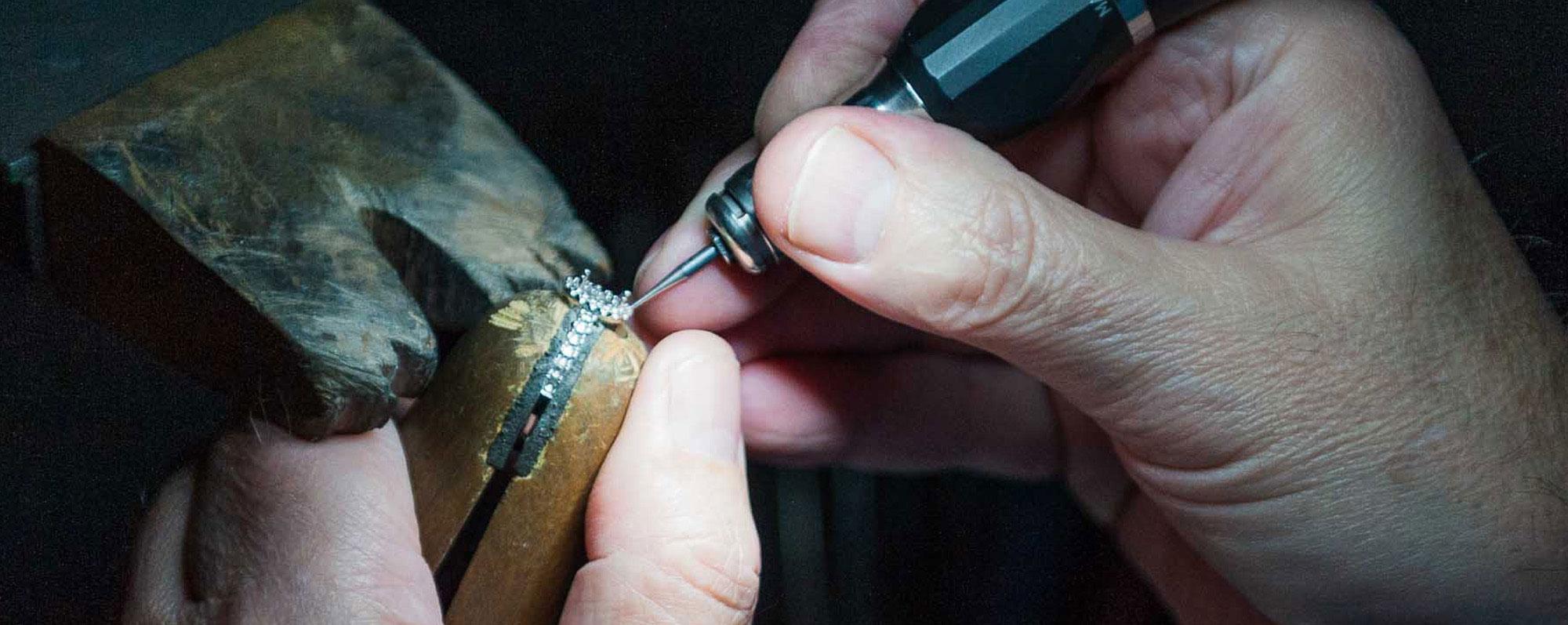 handcrafted-jewellery-designs.jpg