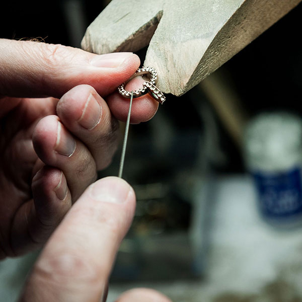 handmade-bespoke-jewellery.jpg