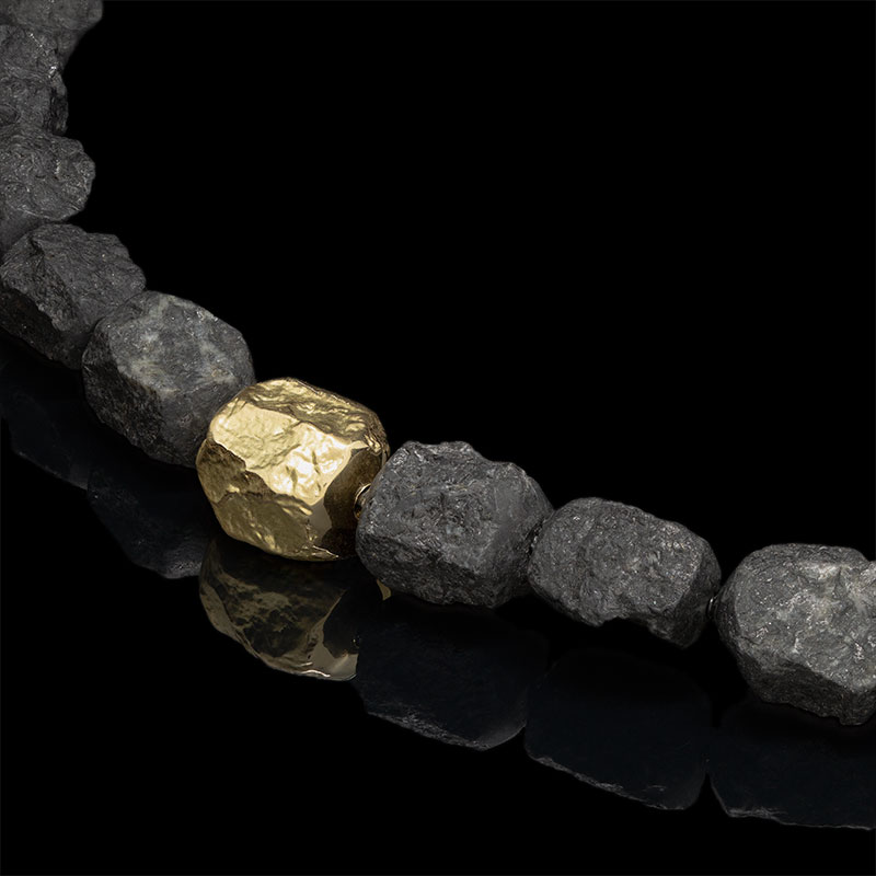 gold-nugget-black-granite.jpg