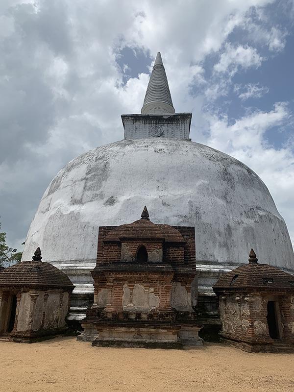 Polonnaruwa 1.jpg