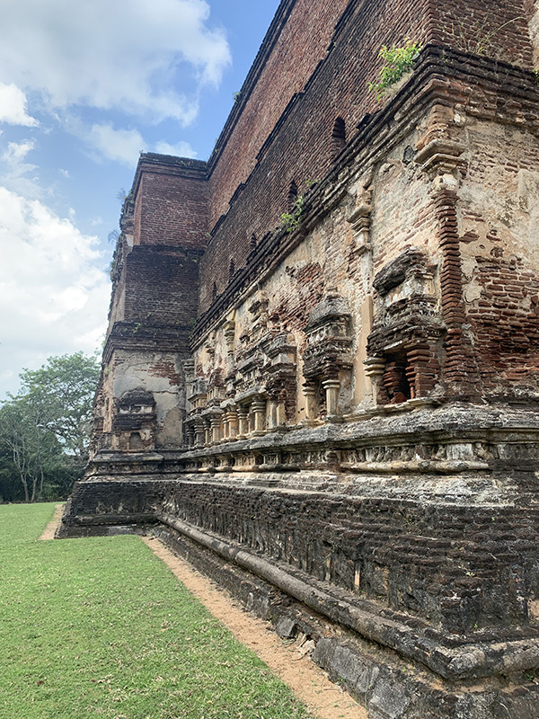 Polonnaruwa 4.jpeg