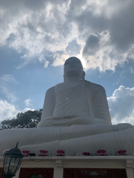 Bahiravokanda Vihara Buddha Kandy.jpg