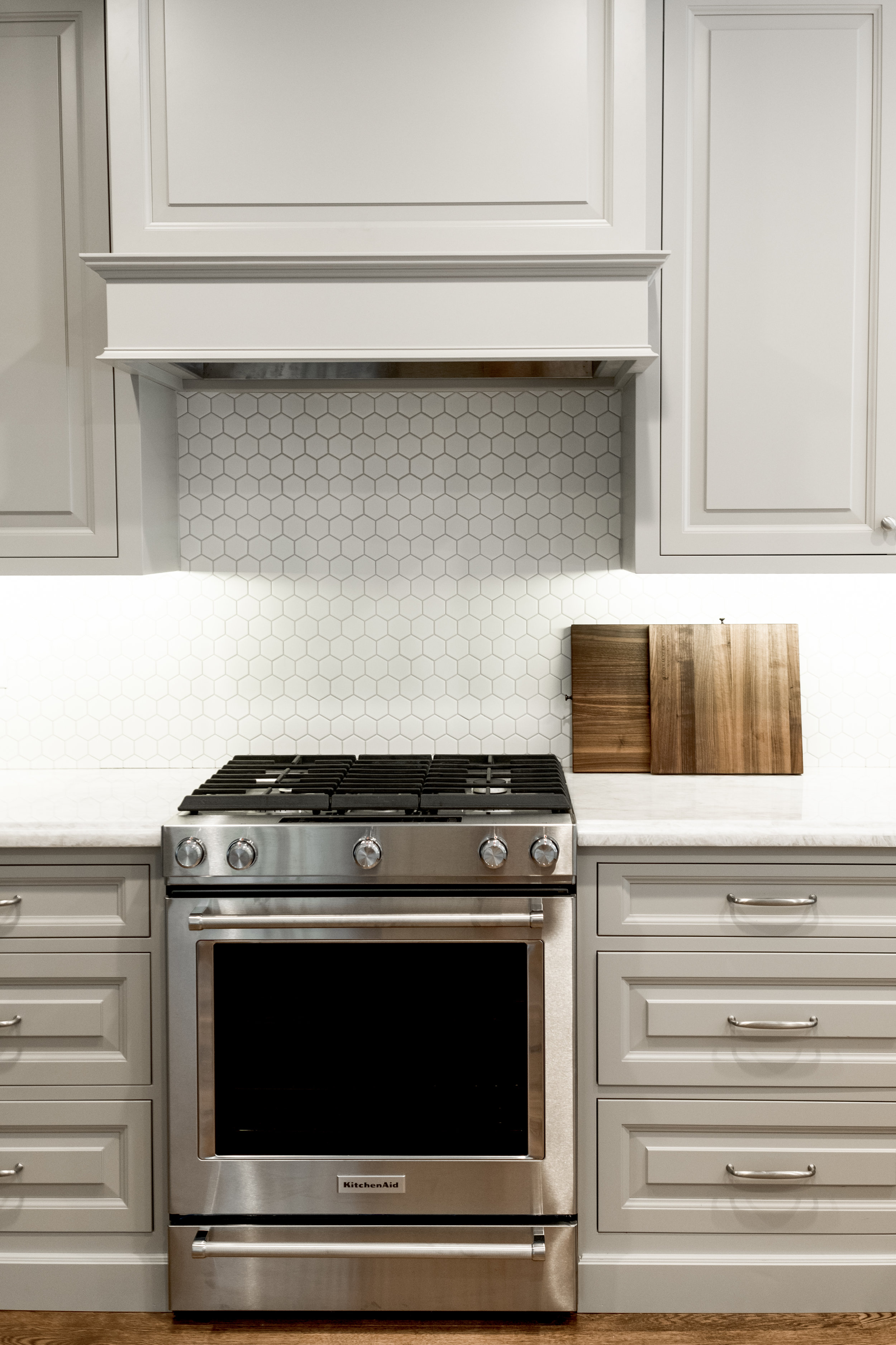 Hexagon tile in kitchen
