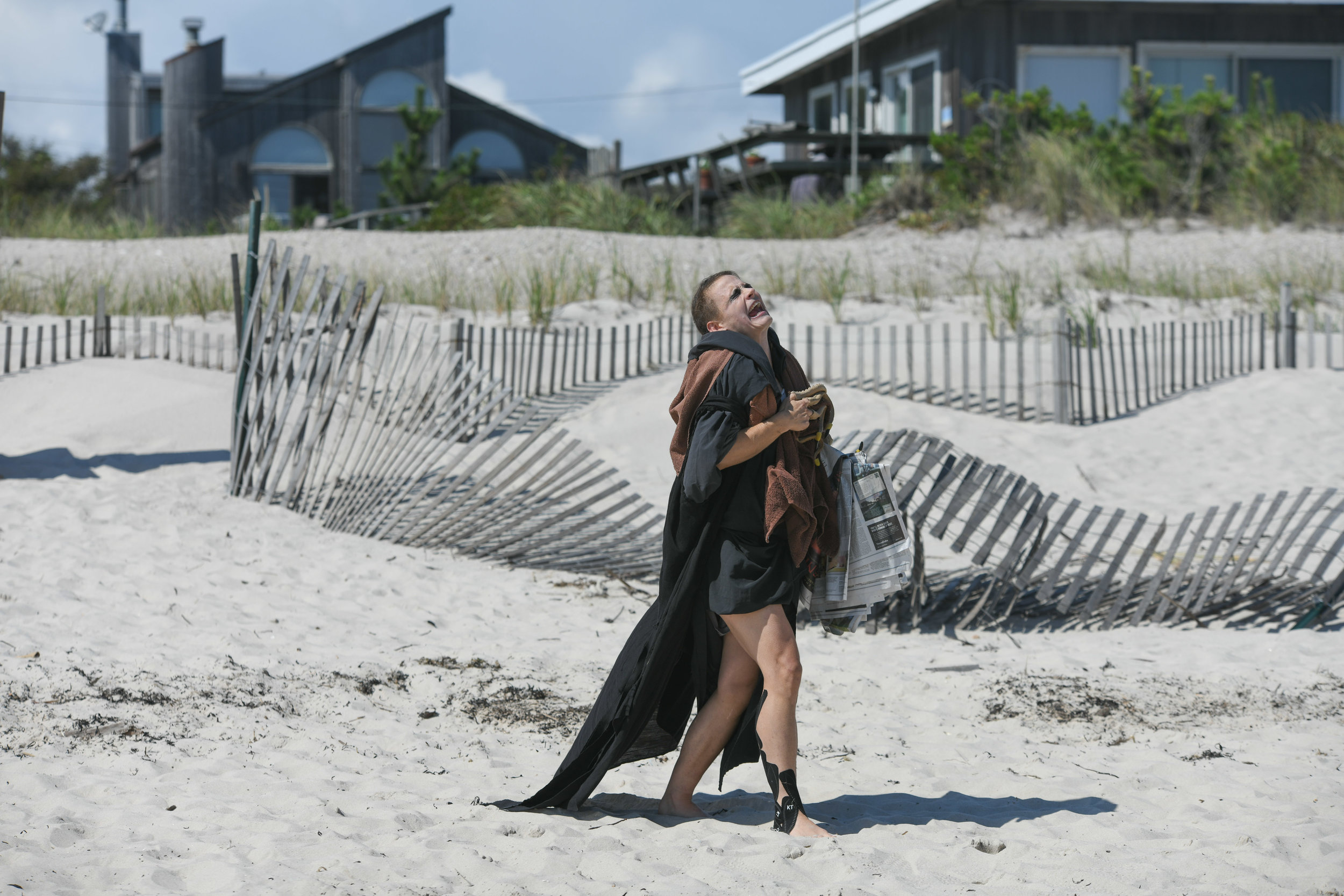 Nosferatu-On-The-Beach-3-Savannah-Knoop-Photo.jpg