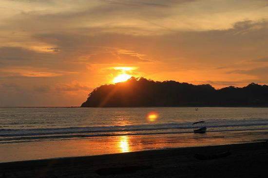 samara-beach.jpg