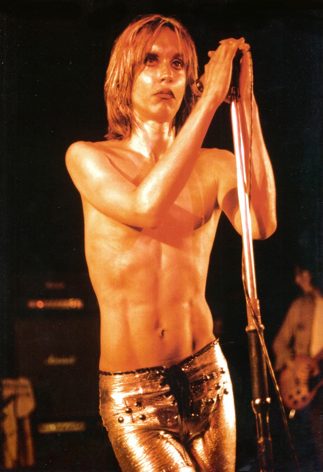 Iggy & The Stooges - Kings Cross Cinema, London, 7-15-72 (12).jpg