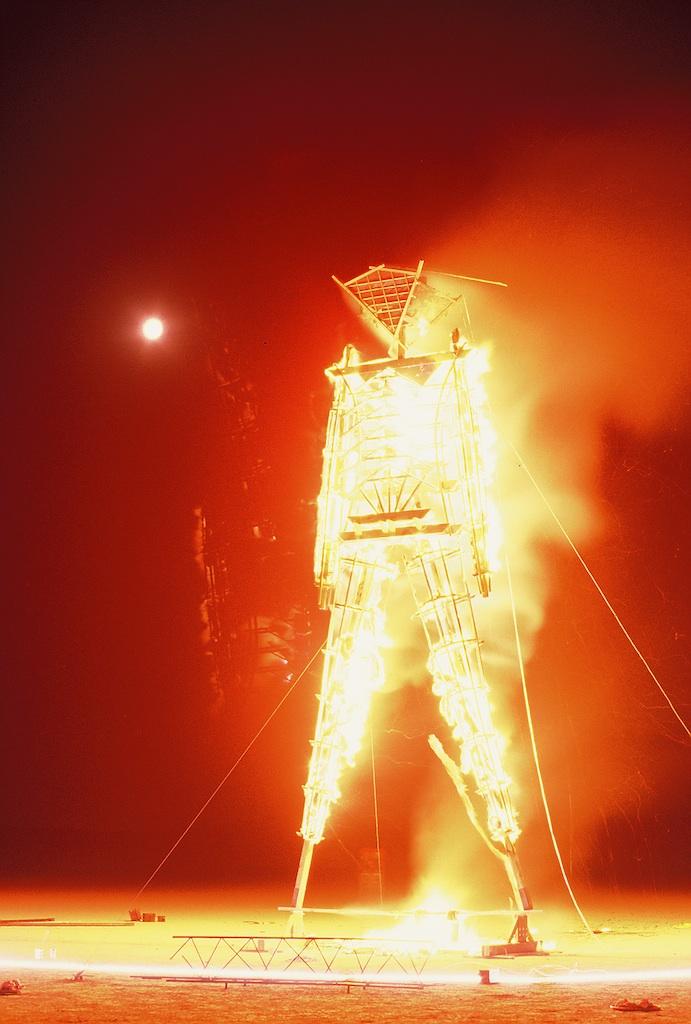 burning-man-1990_3495901600_o.jpg
