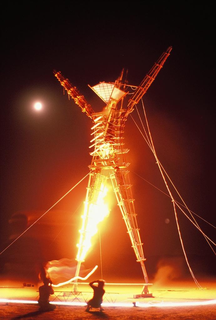 burning-man-1990_3495901820_o.jpg