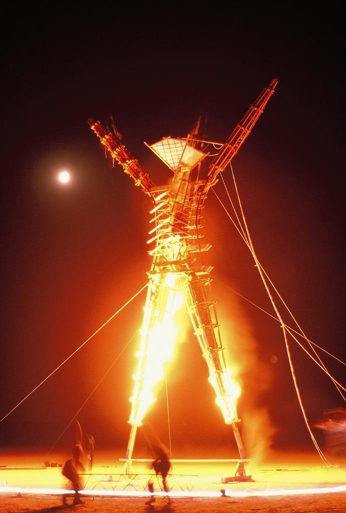burning-man-1990_3495902394_o.jpg