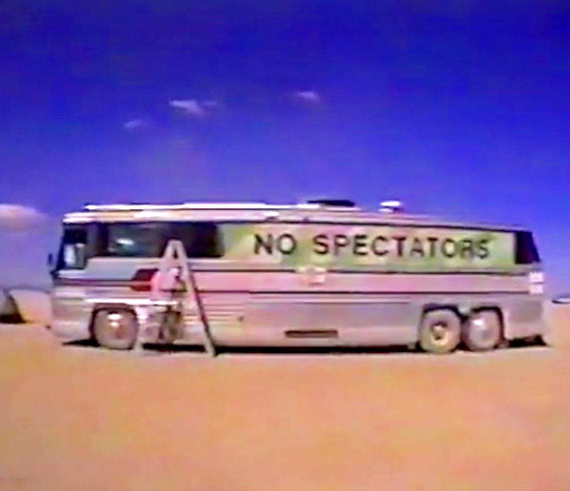 No+Spectators+Bus.jpg