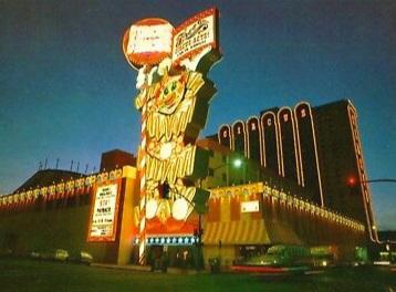 1970s-Circus-Circu-Hotel-Casino-Reno-Nevada-Postcard.jpg