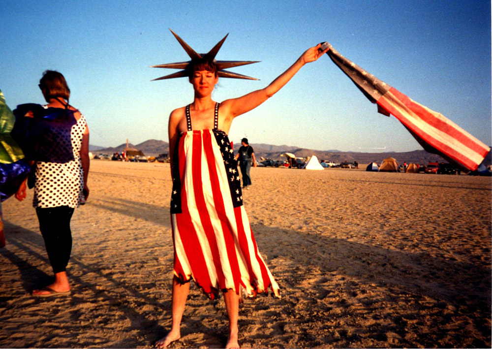 Annie Coulter. The first Burning Man Fashion show was held for the first time at 6 pm on Saturday, 1991, with the sun begging to set