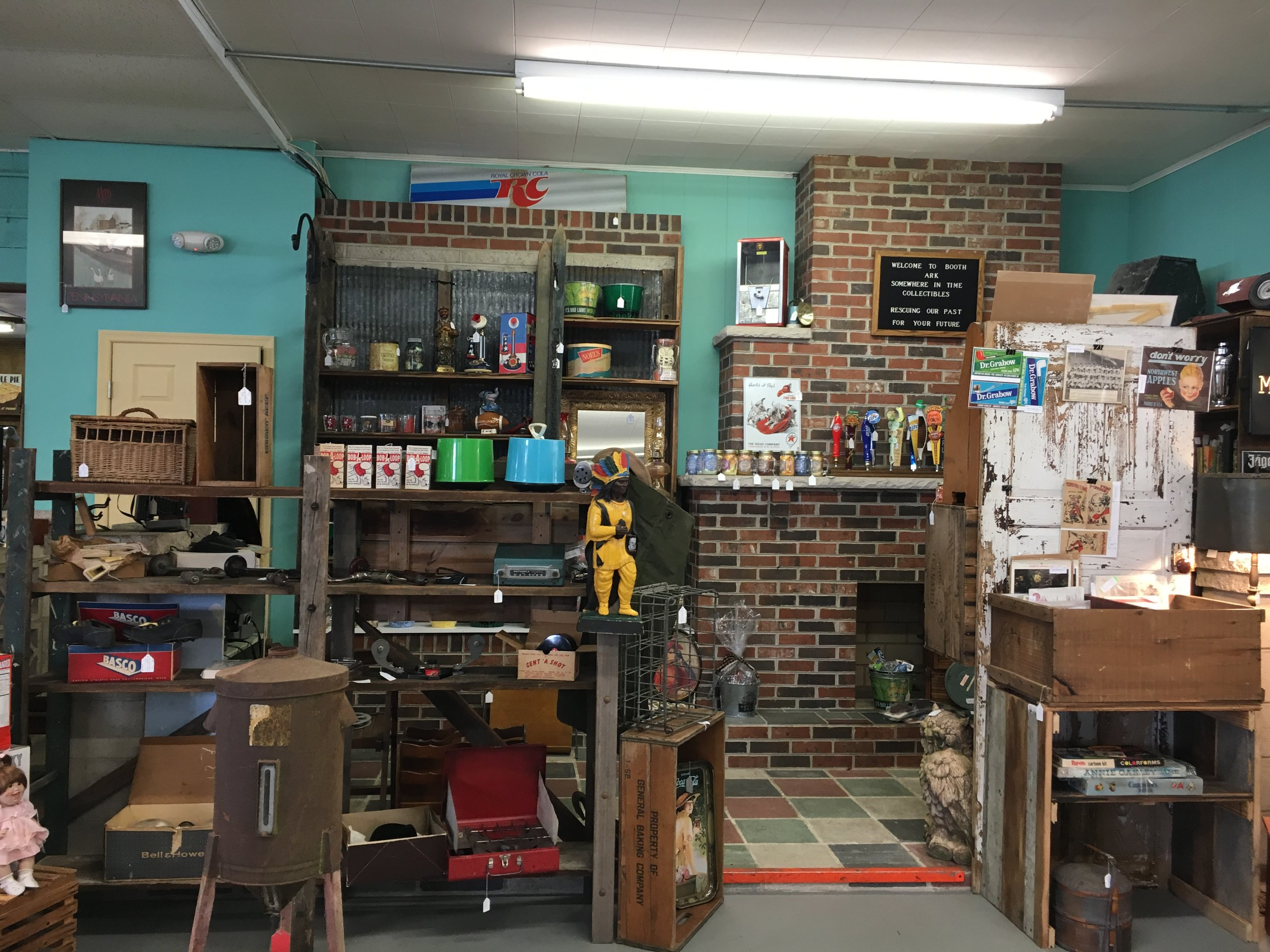 Somewhere InTime Collectibles - A variety of vintage, antique, collectible and home decor items