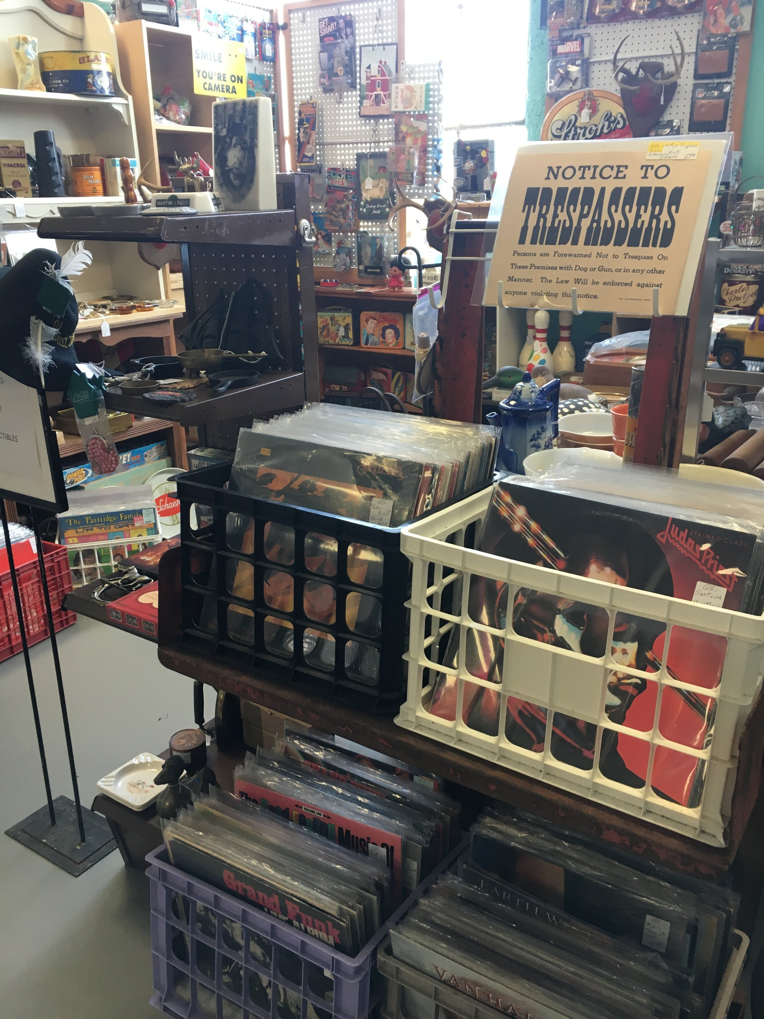 George's Antiques and Collectibles - Vintage collectibles and more!
