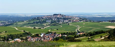 The village of Sancerre, perched 1000ft above the Loire River
