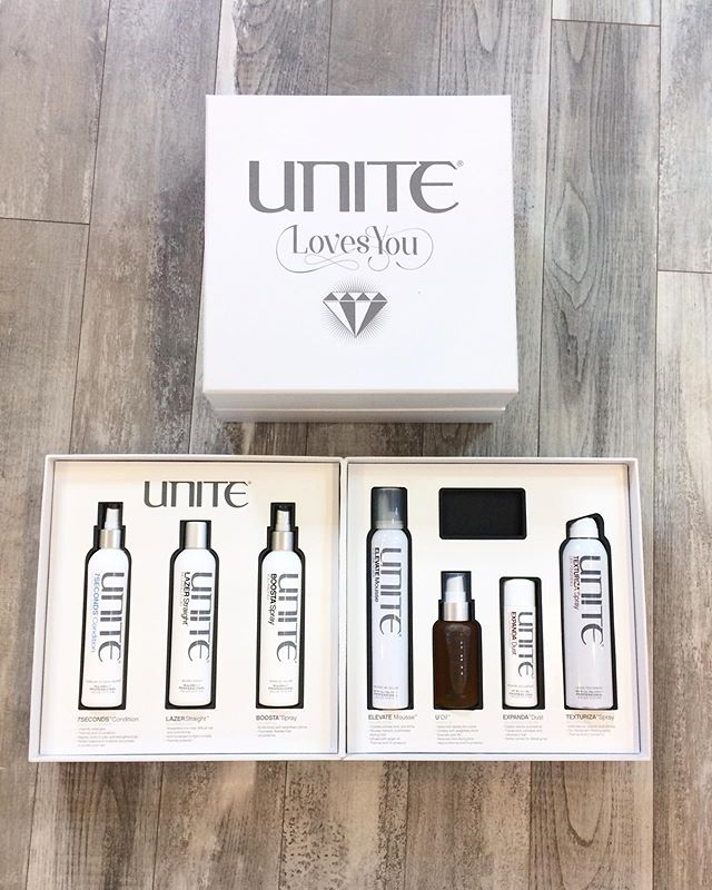 Only a few days left to grab all your hair must haves!! 50% off Unite 🙌🏻 this kit comes to $75 and has the coveted U Oil ♥️ • • • *50% off Unite 70% off everything else* • • • #camaswa #camasbeautybar #shoplocal #shopsmall #mycamas #camassalon #pdxlove #pnwlove