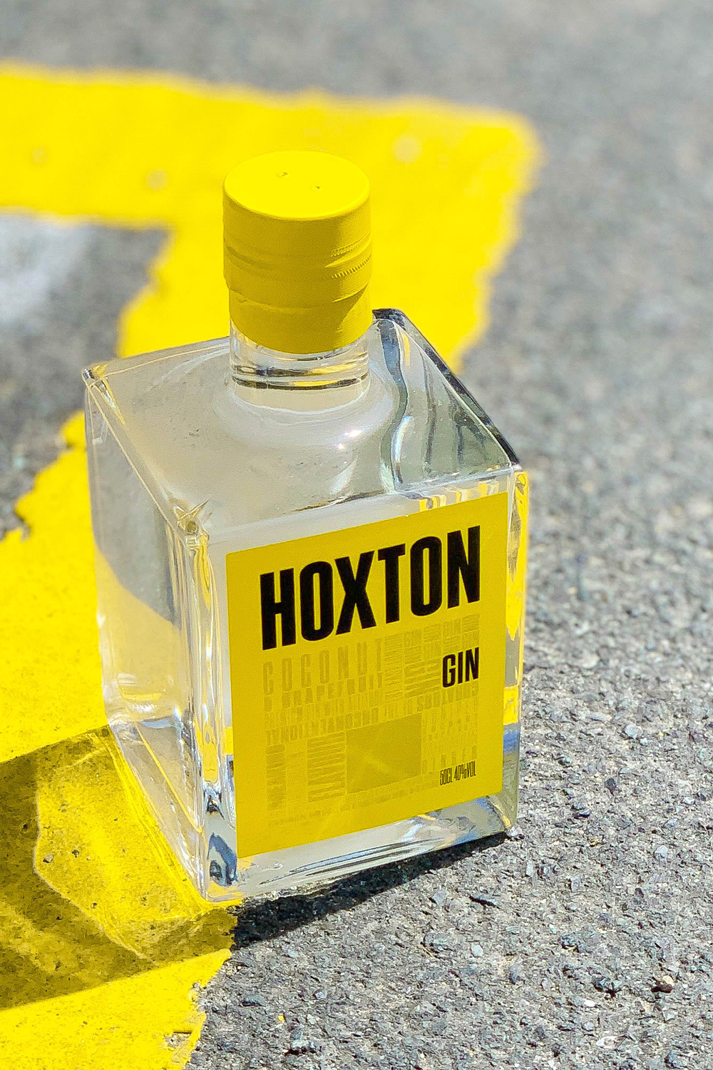 premium coconut and grapefruit gin. meet the new look Hoxton Gin. - Made using botanicals such as juniper, grapefruit, coconut, ginger, tarragon and orris.