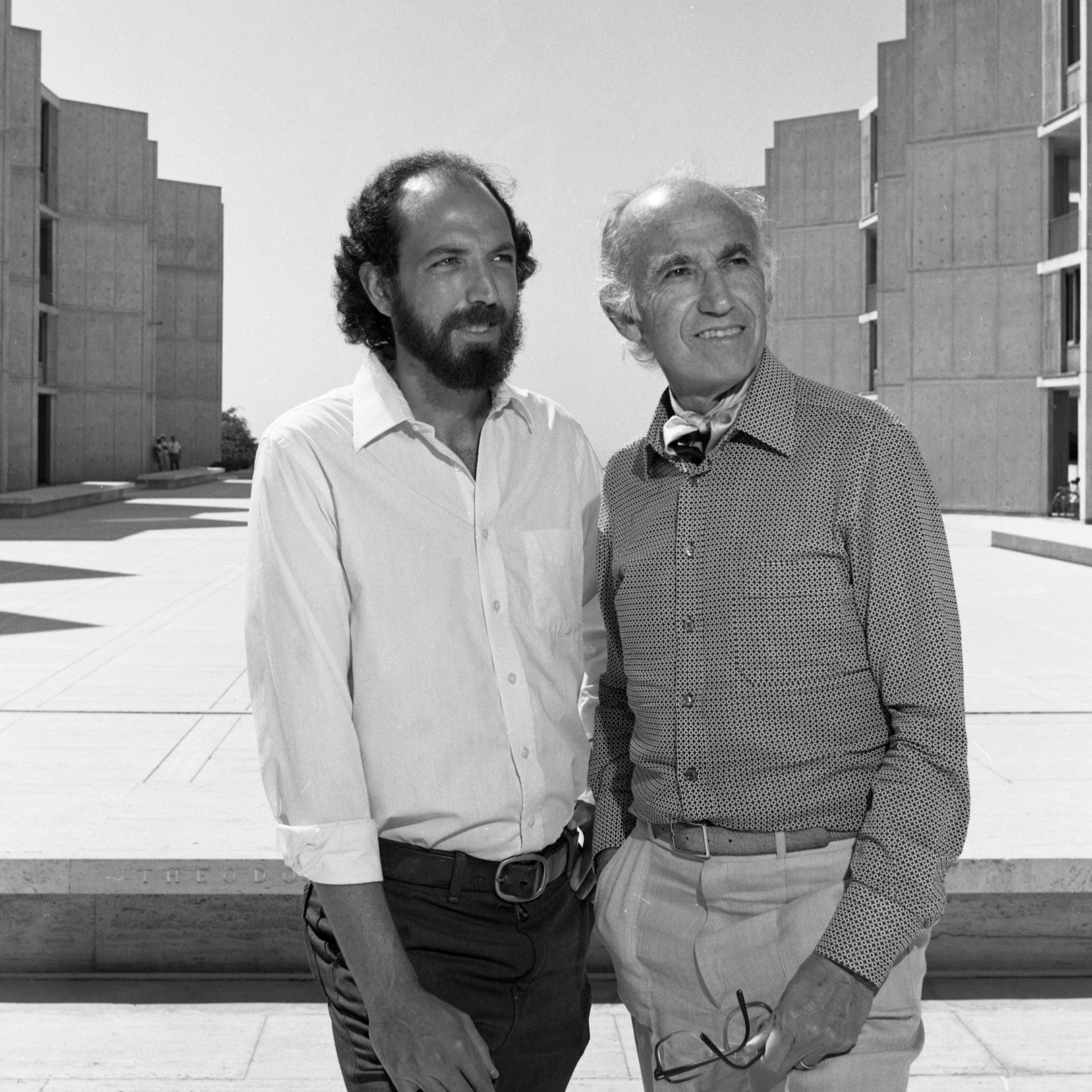 Jonas Salk, right, and Jonathan Salk, left, at the Salk Institute in La Jolla, California, 1981.
