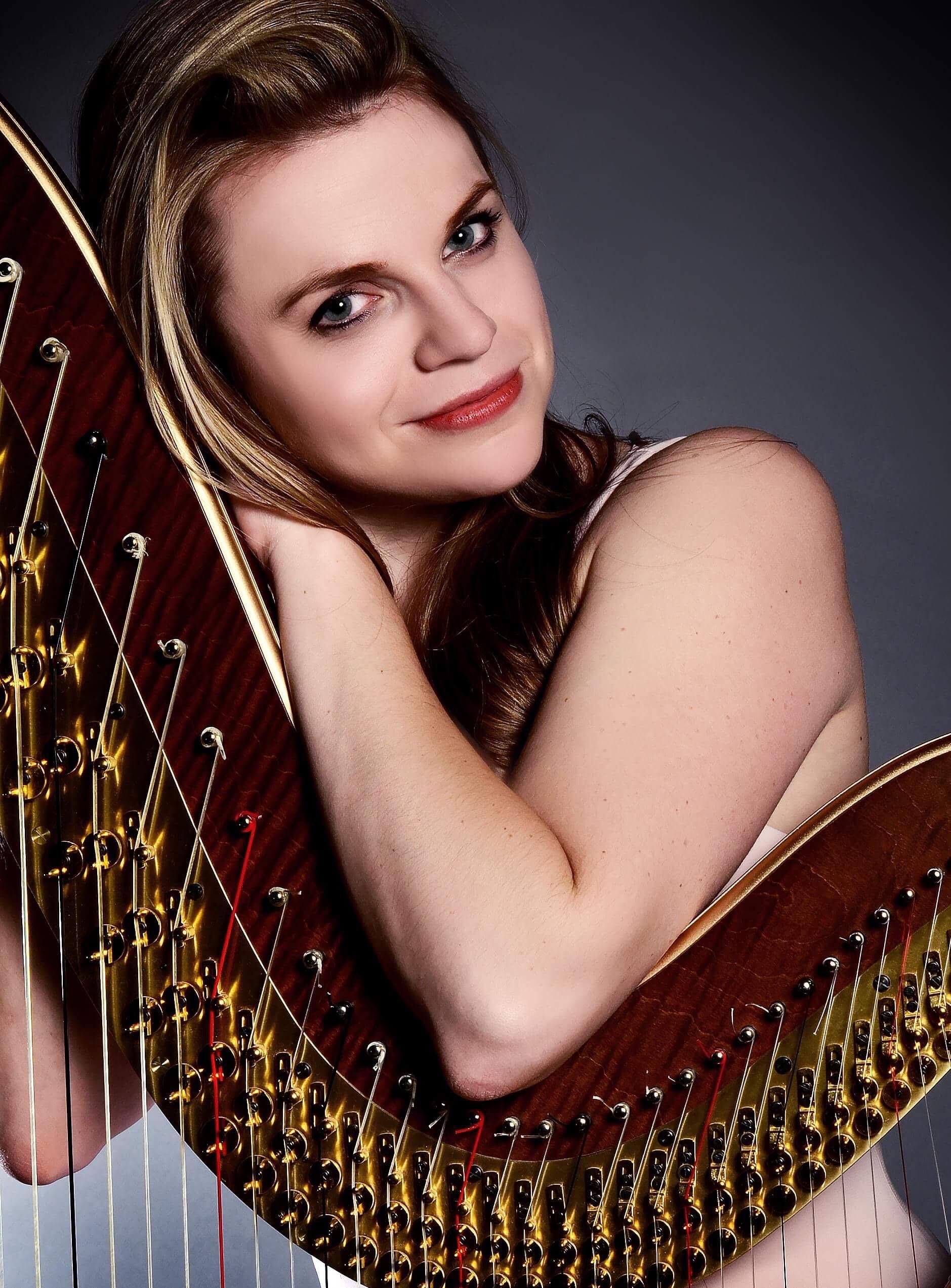 Grace Browning, Harpist