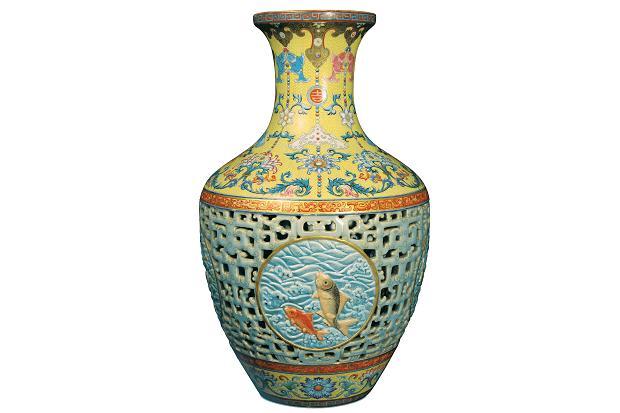 Qing Dynasty Porcelain.jpg