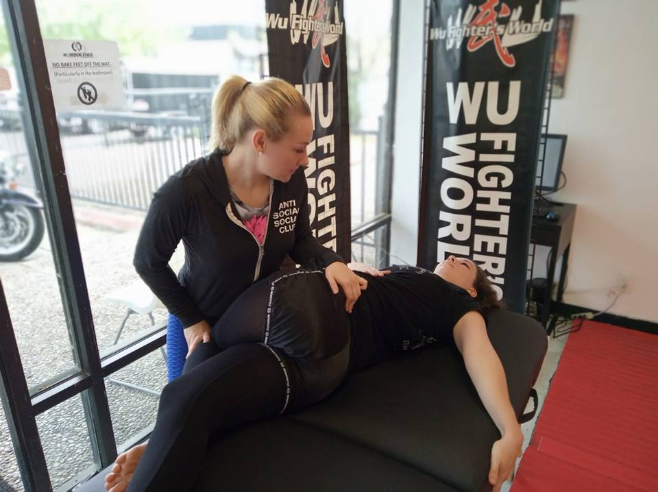One-to-one therapeutic assisted stretching session