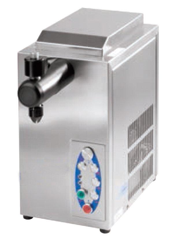 Cream dispensers.  Sanomat Self Cleaning