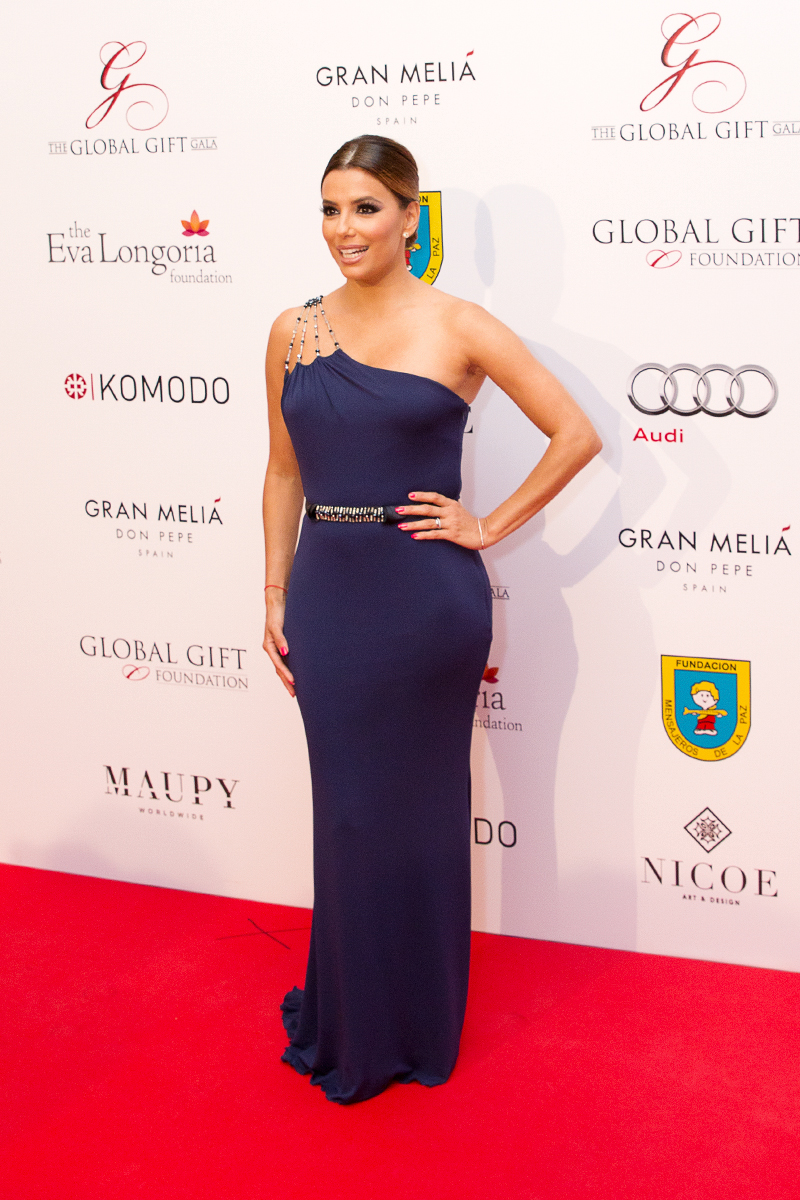Sr-Erreka-Photo-Eva-Longoria-Gala-Global-Gift-Gran-Melia-Don-Pepe-Photocall.jpg