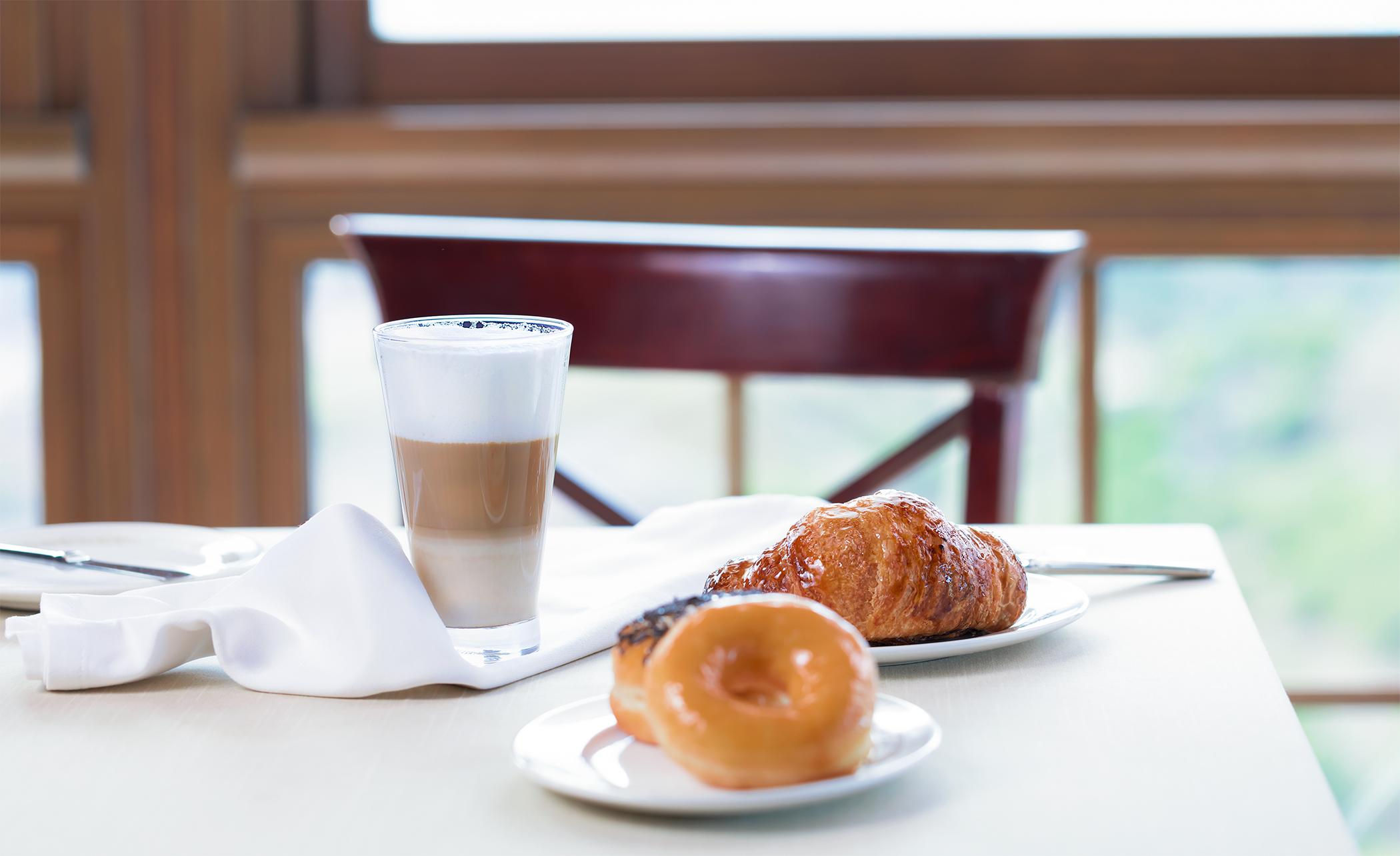 Nespresso-cafe-coffee-breakfast-desayuno-el-higueron-bar-restaurante-fuengirola-product-photography-fotografia-producto-comercial-publicidad-Sr-Erreka-malaga-madrid.jpg