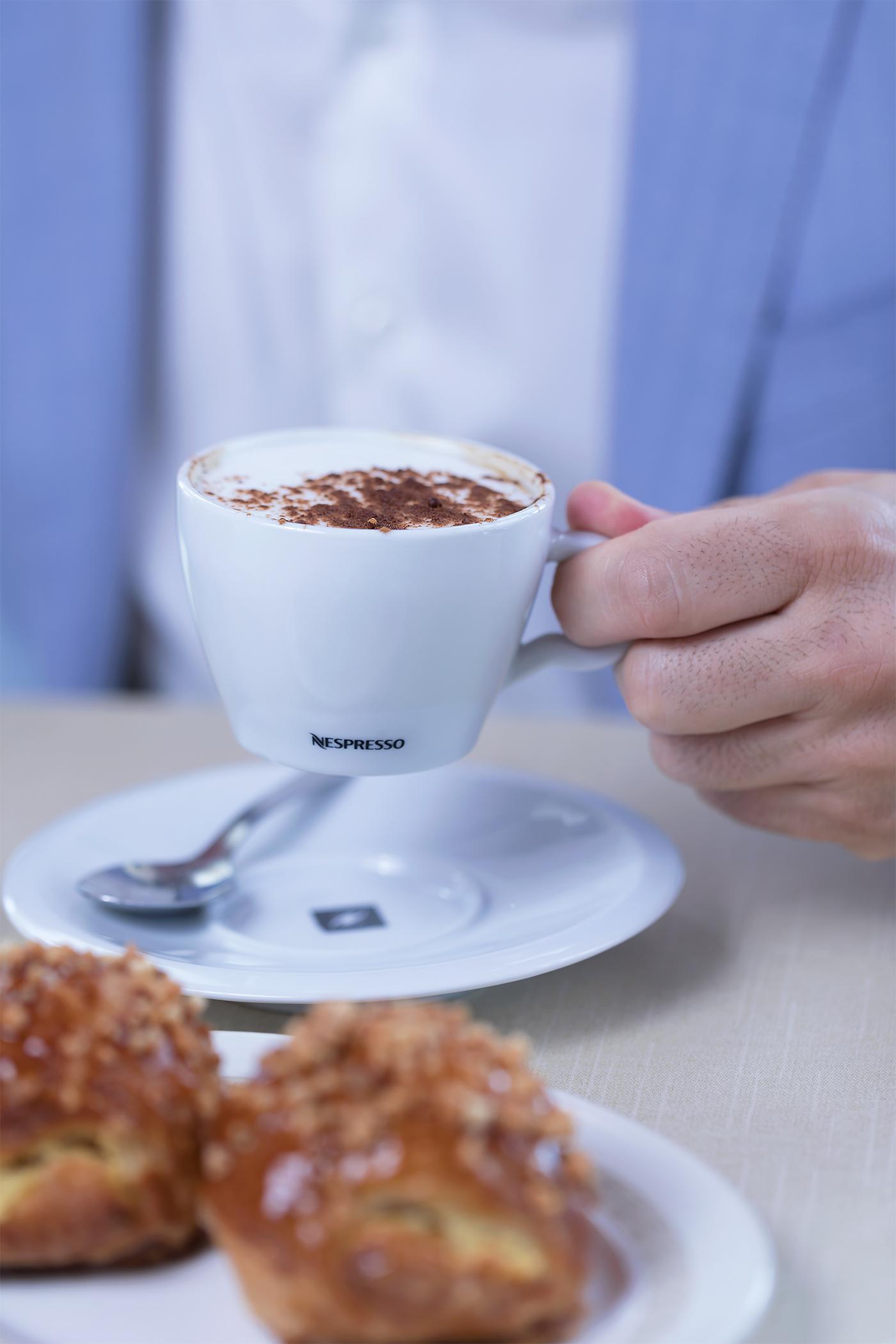 Nespresso-cafe-coffee-capuccino-El-Higueron-Restaurante-Bar-fuengirola-Sr-Erreka-films-photo-malaga-madrid-spain-commercial-photographer-fotografia-publicidad-contenidos-de-marca-diego-erreka-desayuno.jpg
