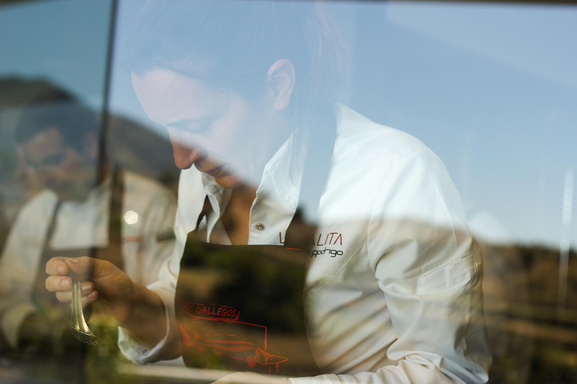 Chef-Begoña-Rodrigo-LA-SALITA-Valencia-Sollo-Restaurante Sr Erreka commercial filmmaker photographer editorial corporate foto publicidad retratos señor erreka spain.jpg
