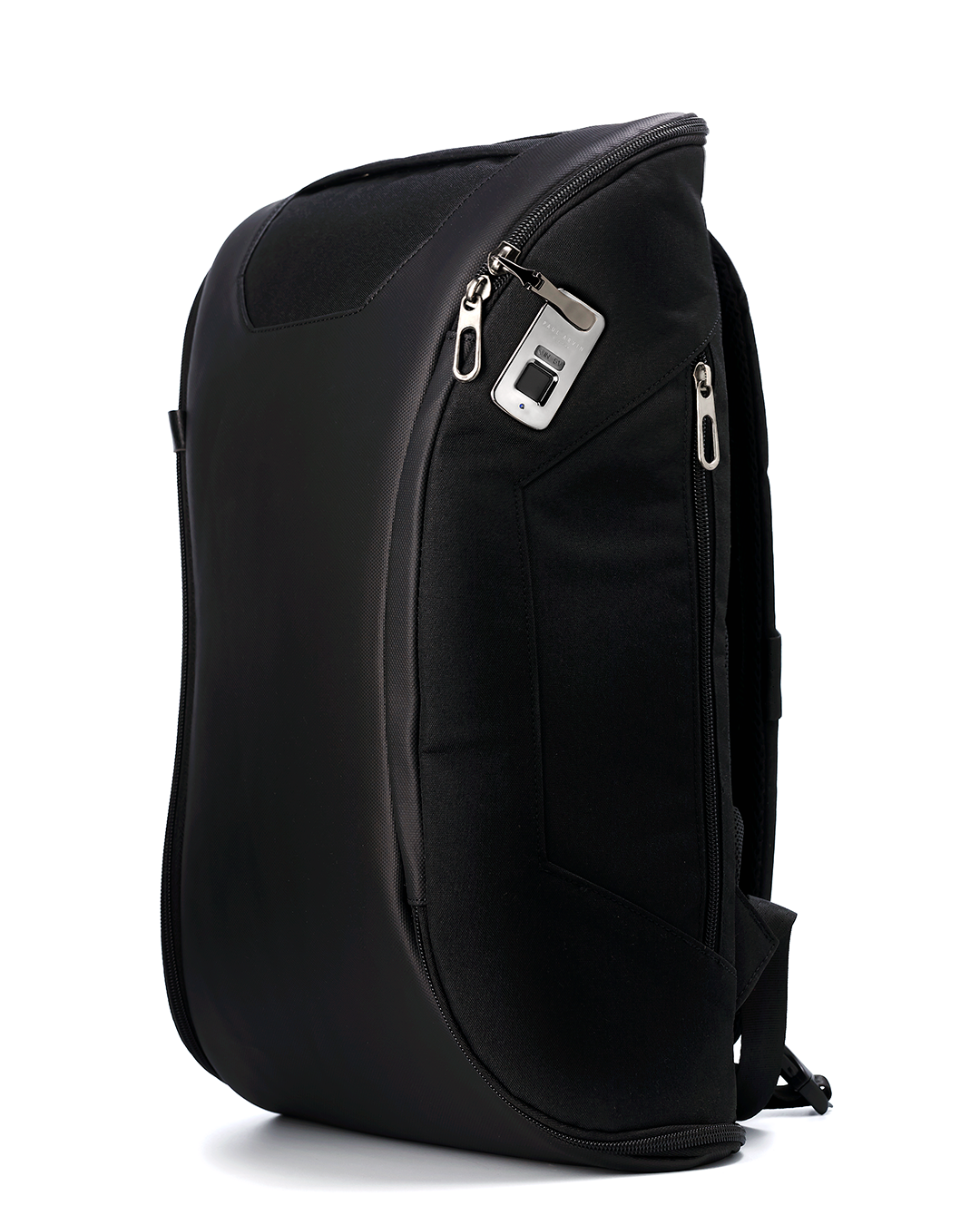 mochilas-paul-arvin-backpacks-sr-erreka-photographer-commercial-editorial-catalog-ecommerce-photography-publicidad-catalogo-online-store-branded-content-fotografo-costa-del-sol-benalmadena-spain-malaga.png