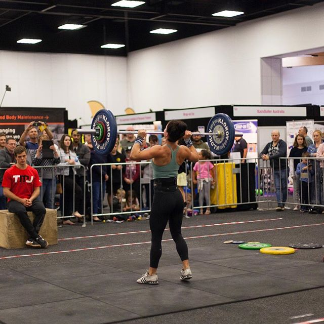 Showing off strength at the @adelaide_fitness_expo 2019💪🏽💪🏽💪🏽 rocking it!! Go girl! . . . #adelaidefitnessexpo #adelaidefitnessexpo2019 #adelaidefitness #adelaidephotographer #adelaidevideographer #fitness #expo #girlpower #fitwoman #adelaideshowgrounds #lifts #strong #weekend #winner #happiness #likeit #adelaidefit