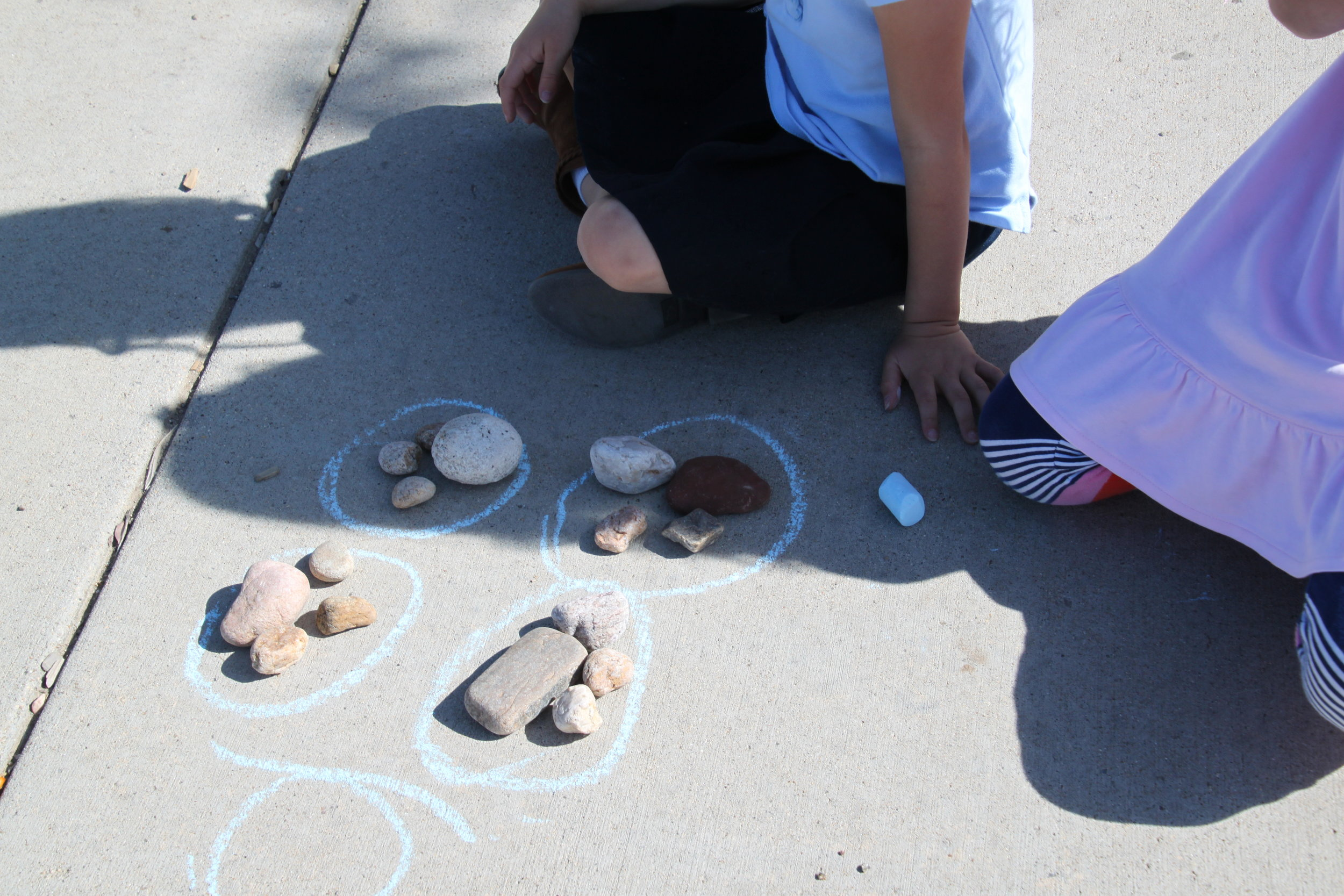 First graders participate in Outdoor Classroom Day Spring 2018. Photo by Alison Travis .