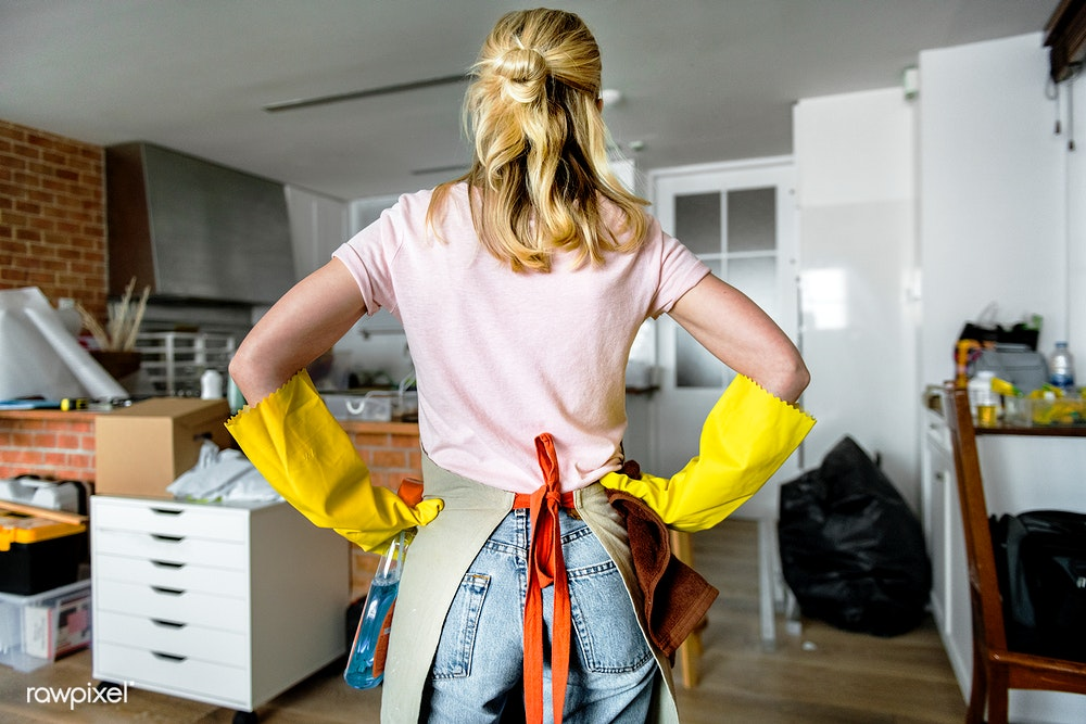 woman-cleaning.jpg