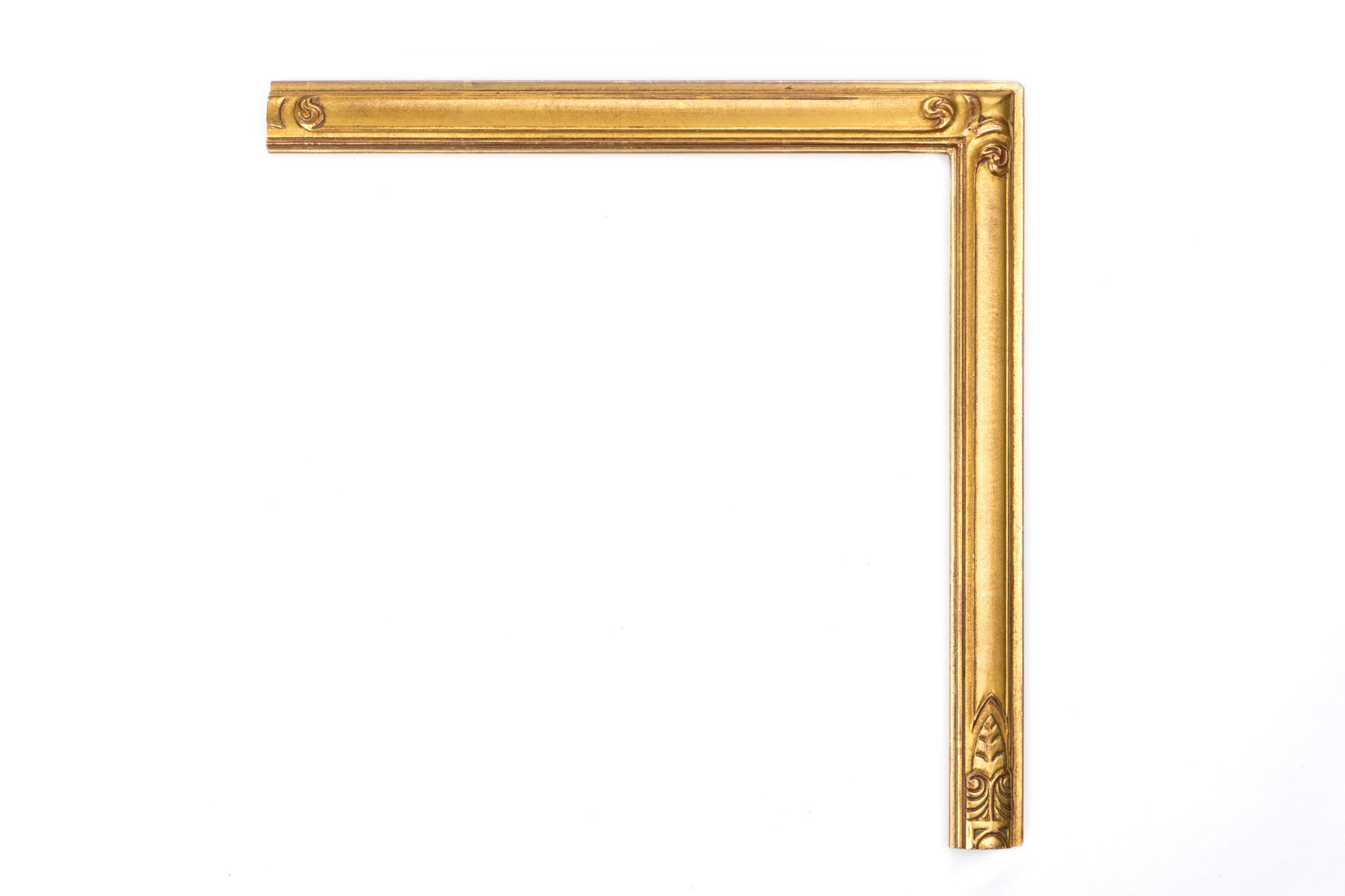 "Deco Corner Gold  1 1/2"" 22kt Gold Clamshell with hand-carved corners similar to an art deco style"