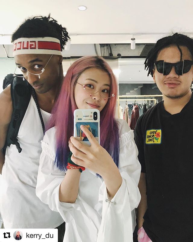 🧠🧠🧠 👽👽👽 #Repost @kerry_du ・・・ 3 wired cuties are wearing wired glasses in a wire store. @harikiri @tony_wu16 👀👀👀👅 @kerryrc_store Glasses from @yvmin_official @percy_lau_official