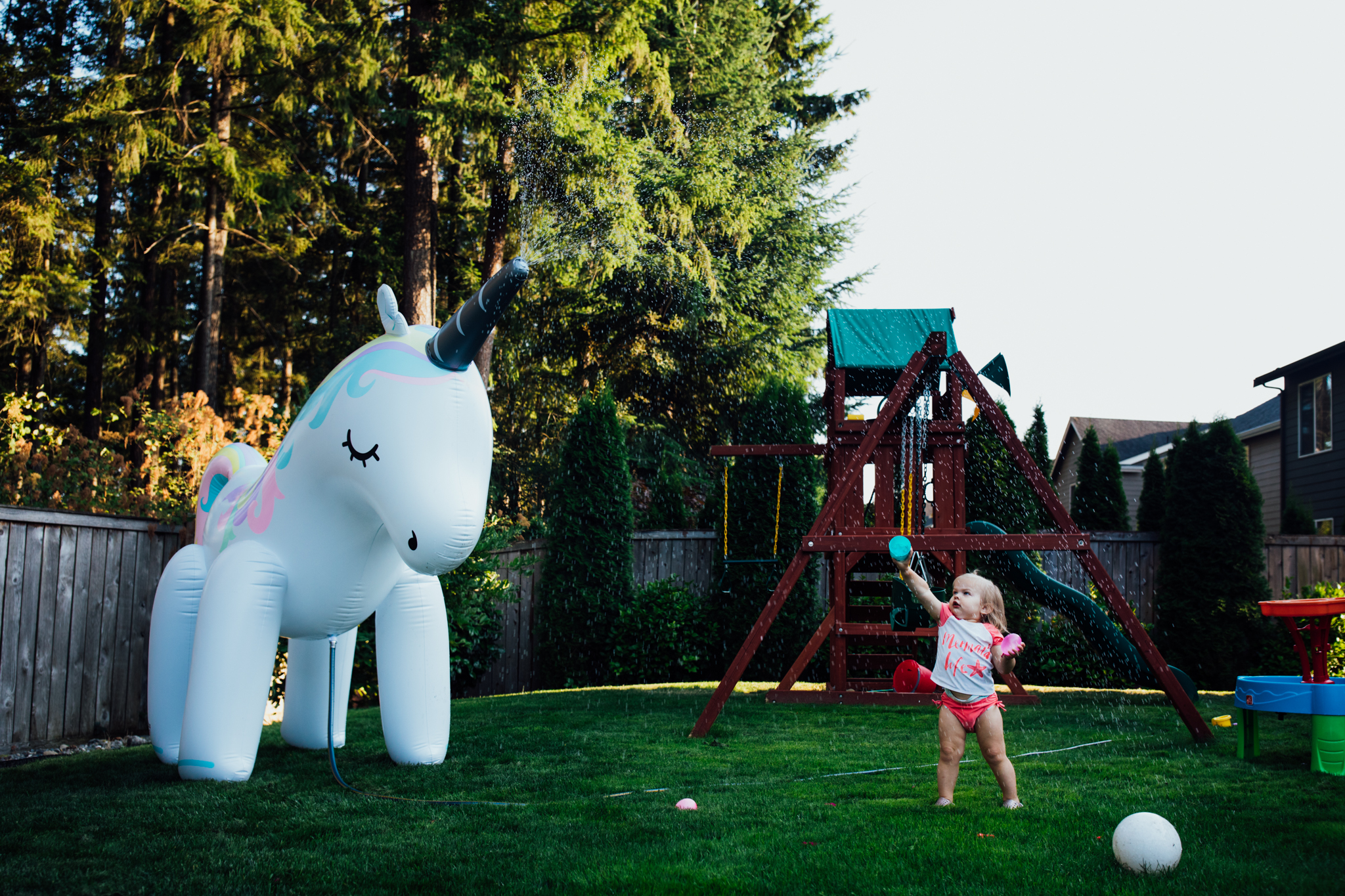 summer sprinkler mini session by seattle family photographer anna nodolf-10.jpg