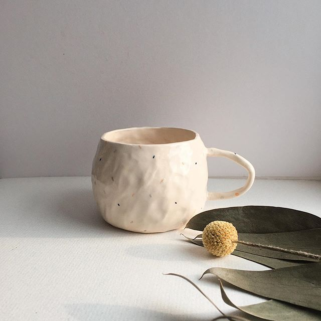 I think that this is one of my favourite things I've made so far. I find it so easy to become bogged down how much more I could be achieving and improving, so I'm taking this moment to appreciate how far I've come with this little pinch mug!  You can find this little guy and others at @independentceramicsmarket in September and I'll try and put some up on my website soon too...